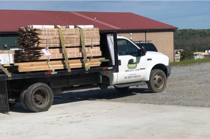 gennett flooring truck loaded